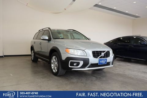 Pre-Owned 2008 Volvo XC70 3.2